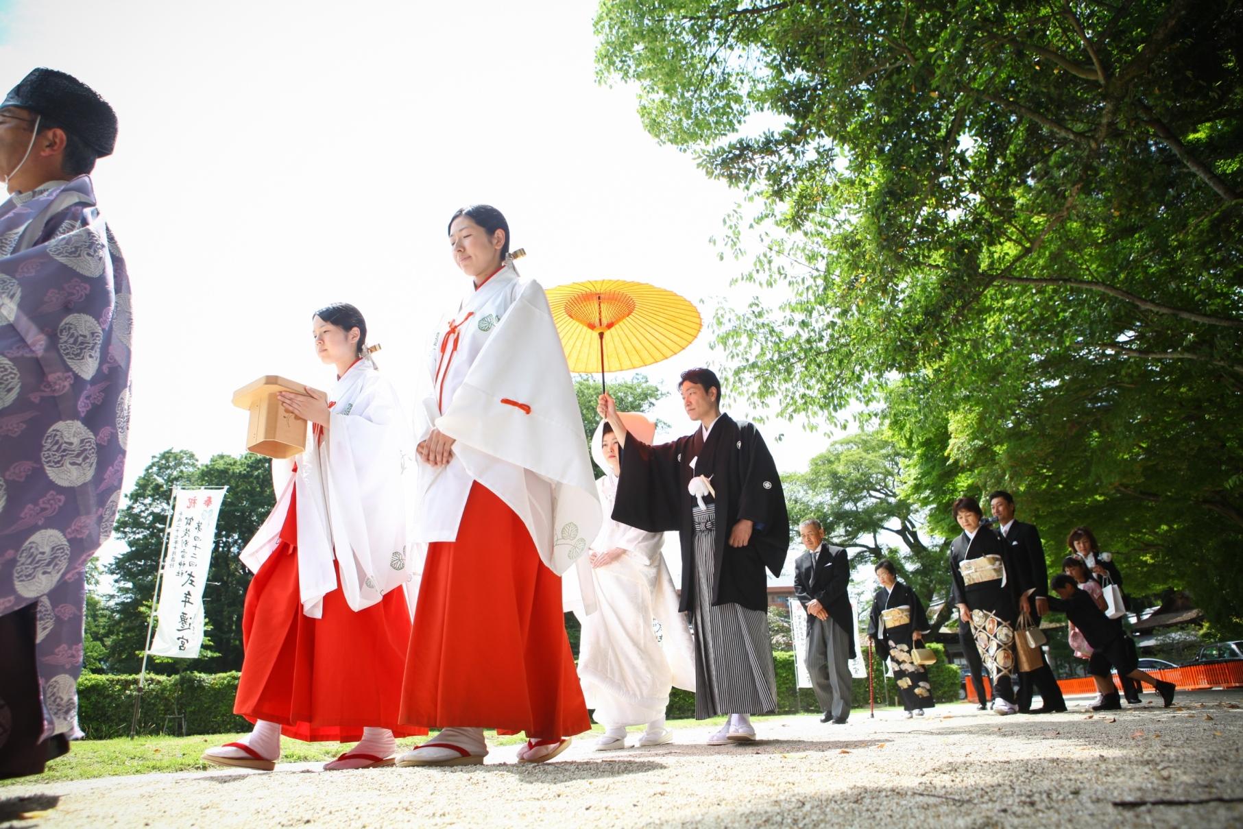 【京都結婚式のお勉強①】神前式のマメ知識~参進の儀は想いを込めて~