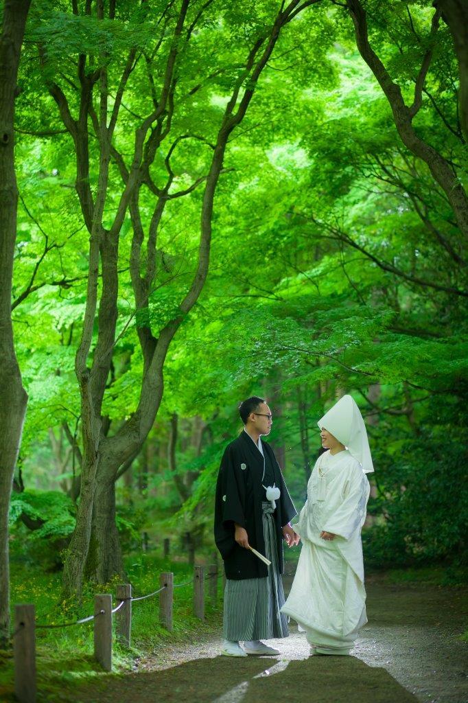 【京都プレ花嫁へ!】雨でもこんな素敵な写真が撮れるんです♪